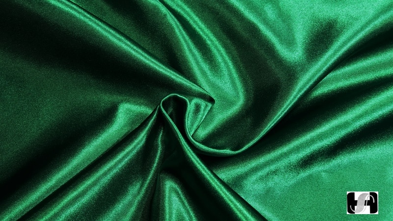 Satin Fabric Polyester Polyester Satin Is Silky And Glossy